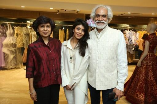 Bharti, Tanira and Sunil Sethi