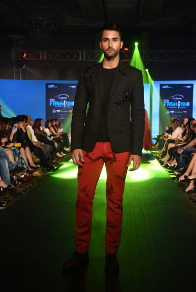 03-model-walking-the-ramp-for-designer-rajat-tangri-tech-fashion-tour-2016