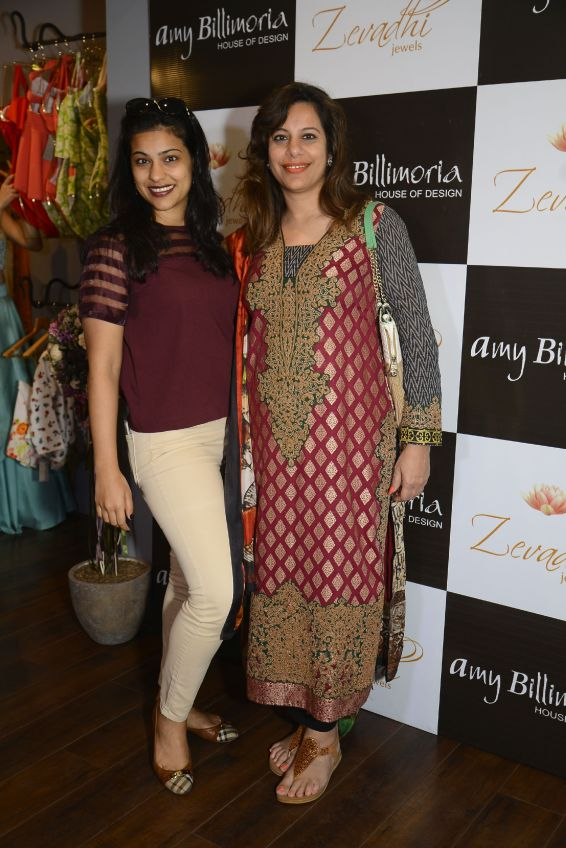 16 Sophia Premjee and Neha Premjee @ Amy Billimoria House of Designer & Zevadhi Jewels Festive Collection launch soiree