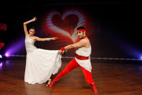 sandip-soparrkar-performing-with-alesia-raut-at-ncpa4