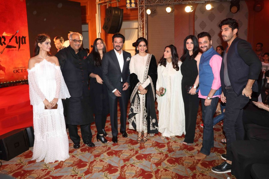 the-kapoor-clan-at-mirzya-music-launch