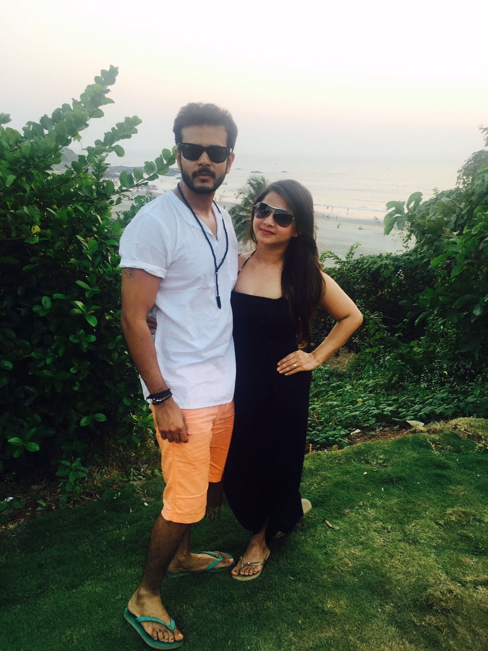 jay-soni-with-wife-pooja