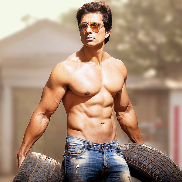 Sonu Sood launches free COVID help - Read Details