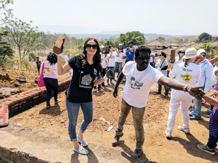 Evelyn Sharma at Habitat - Pic (10)