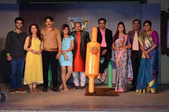 The cast of Belan Wali Bahu