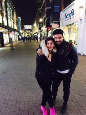 Gurmeet Choudhary And Debina Bonnerjee (1)