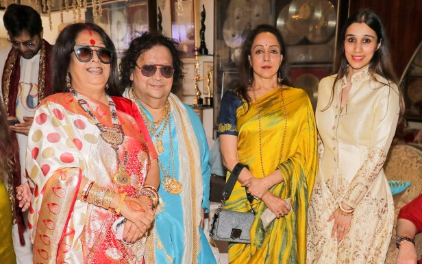 2. Chitrani Lahiri, Bappi Lahiri, Hema Malini, and Taneesha Lahiri IMG_7835