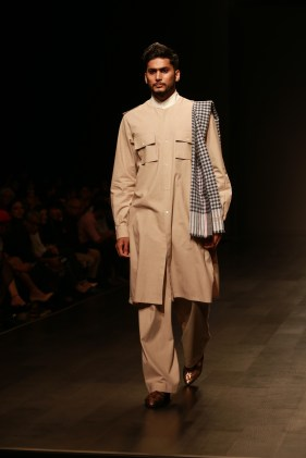 Abraham & Thakore Amazon Fashion week 2018 day 1 (19)