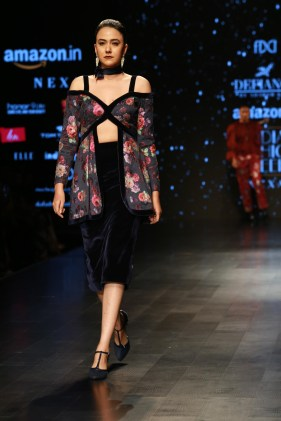 Adarsh Gill Amazon India Fashion Week 2018 (15)