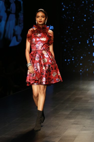 Adarsh Gill Amazon India Fashion Week 2018 (17)