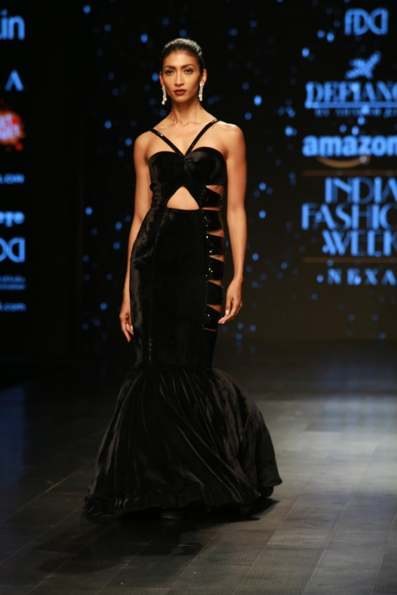 Adarsh Gill Amazon India Fashion Week 2018 (22)