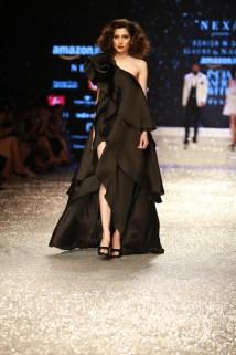 Gauri and Nanika Amazon Fashion Week 2018 (17)