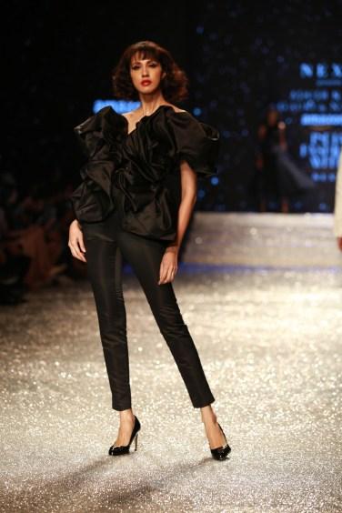 Gauri and Nanika Amazon Fashion Week 2018 (19)