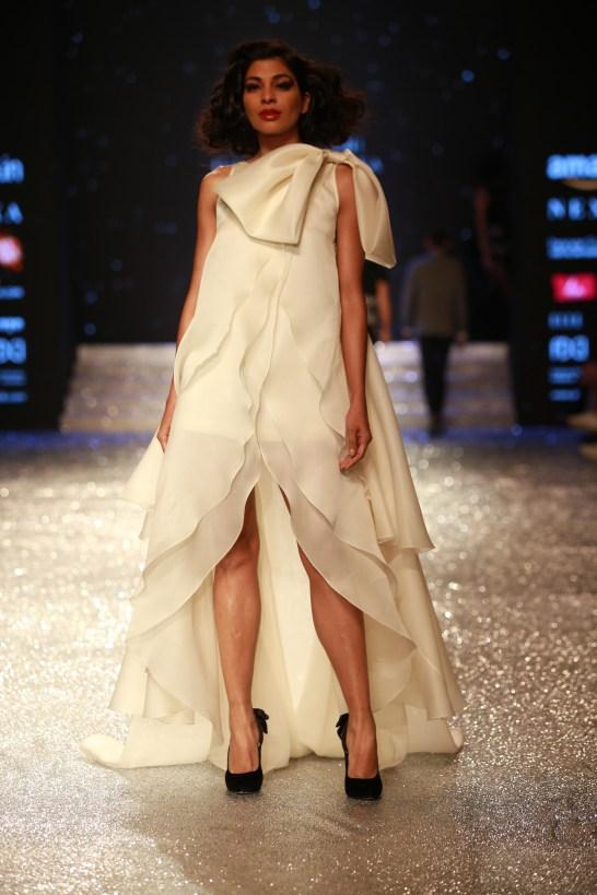 Gauri and Nanika Amazon Fashion Week 2018 (25)