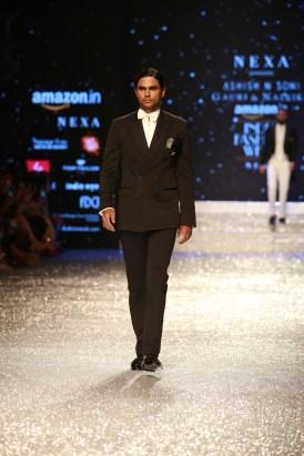 Gauri and Nanika Amazon Fashion Week 2018 (37)