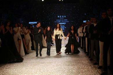 Gauri and Nanika Amazon Fashion Week 2018 (5)