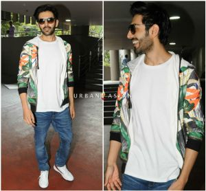Kartik Aaryan snapped at the airport