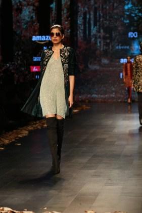 Shyamal and Bhumika Amazaon Fashion week 2018 (9)