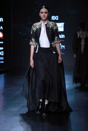 samant chauhan amazon fashion week 2018 (15)