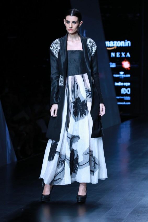 samant chauhan amazon fashion week 2018 (24)