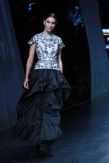 samant chauhan amazon fashion week 2018 (32)