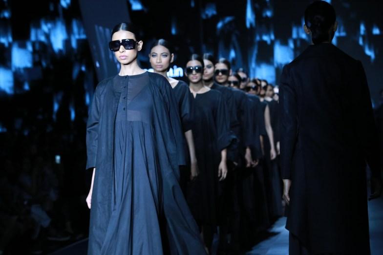 samant chauhan amazon fashion week 2018 (44)