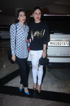 Kareena And Karisma Kapoor (1)