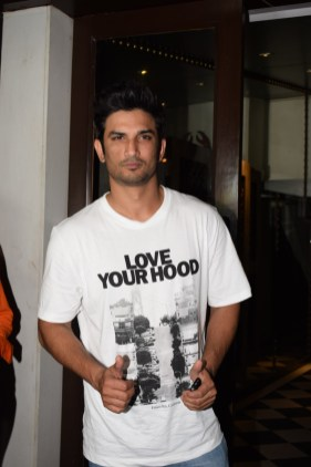 Sushant Singh Rajput at Stree wrap up party (1)