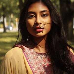 Sonia - Desi Girl