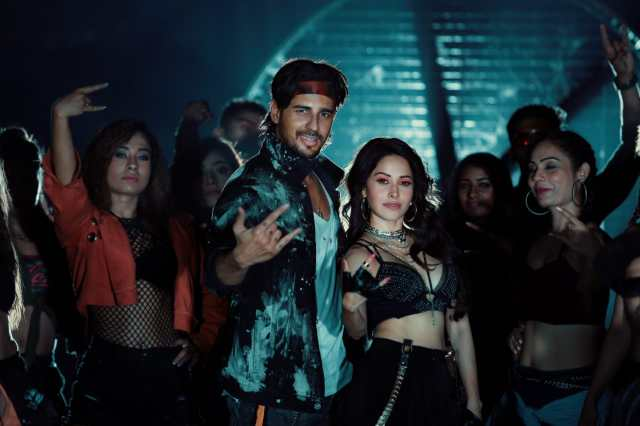 Nushrat-Sidharth  for a song