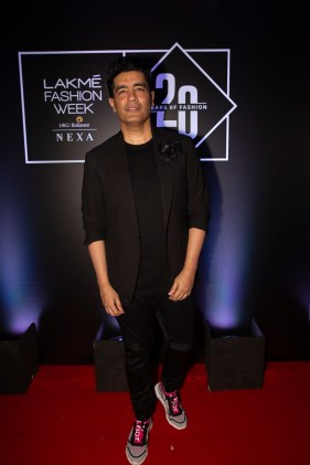 Pic 4- Designer Manish Malhotra at Lakmé Fashion Week 20 years' celebration