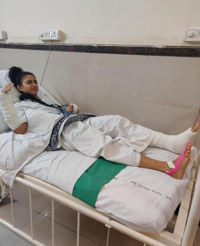 Pooja Banerjee Injured