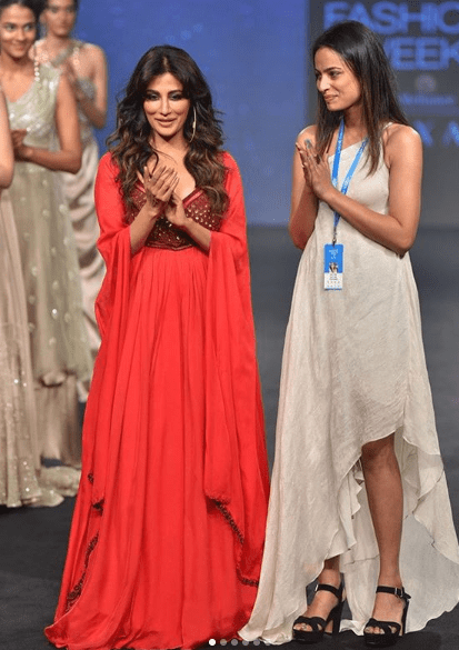 Anjali Verma with her Show-stopper Chitrangda Singh at the LFW