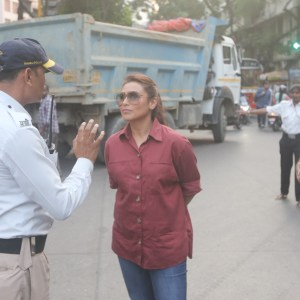 Rani Mukerji Hits The Streets To Meet Traffic Cops For Mardaani 2