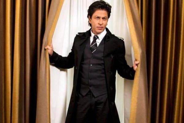 Shah Rukh Khan hints at his digital debut with THIS OTT platform