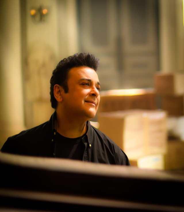 Adnan Sami releases 2 new versions of Tu Yaad Aya