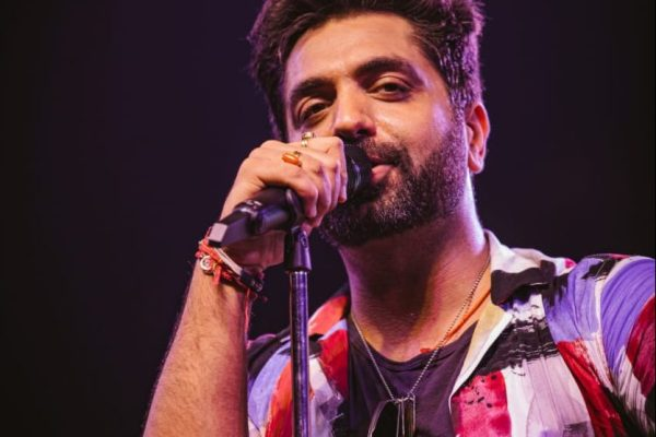 Akhil Sachdeva Gets Candid About His First Collaboration With Kunaal Vermaa For T-Series' O Jaanwaale