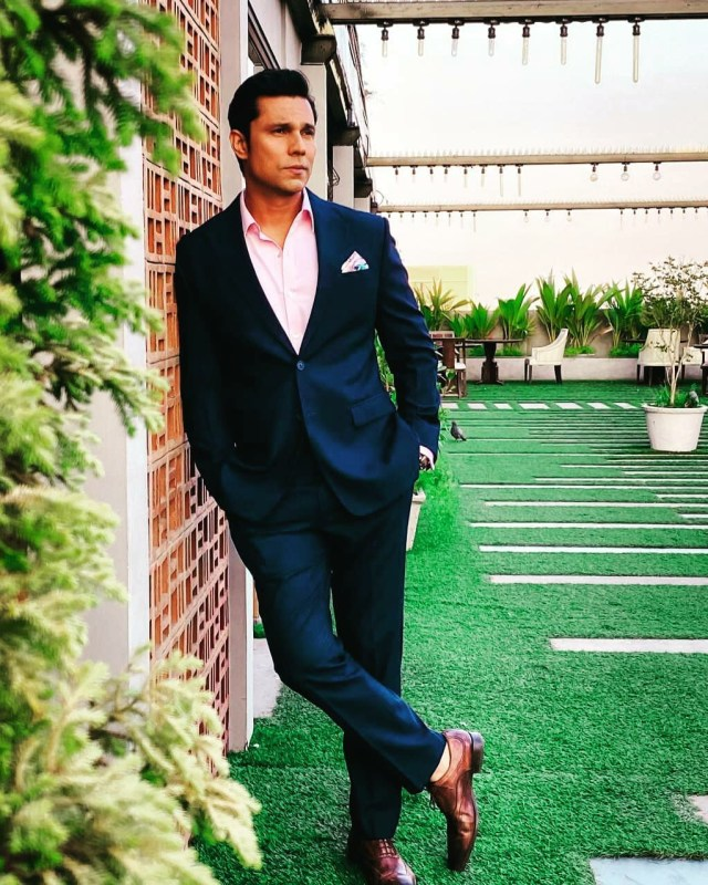 Randeep Hooda calls out unverified news around forest fires in Uttarakhand