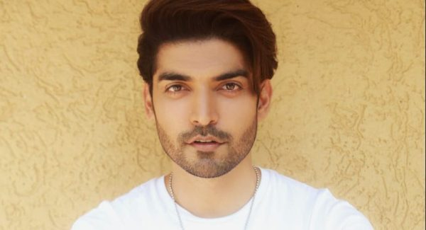 Gurmeet Choudhary helps a cancer patient and wins hearts all over