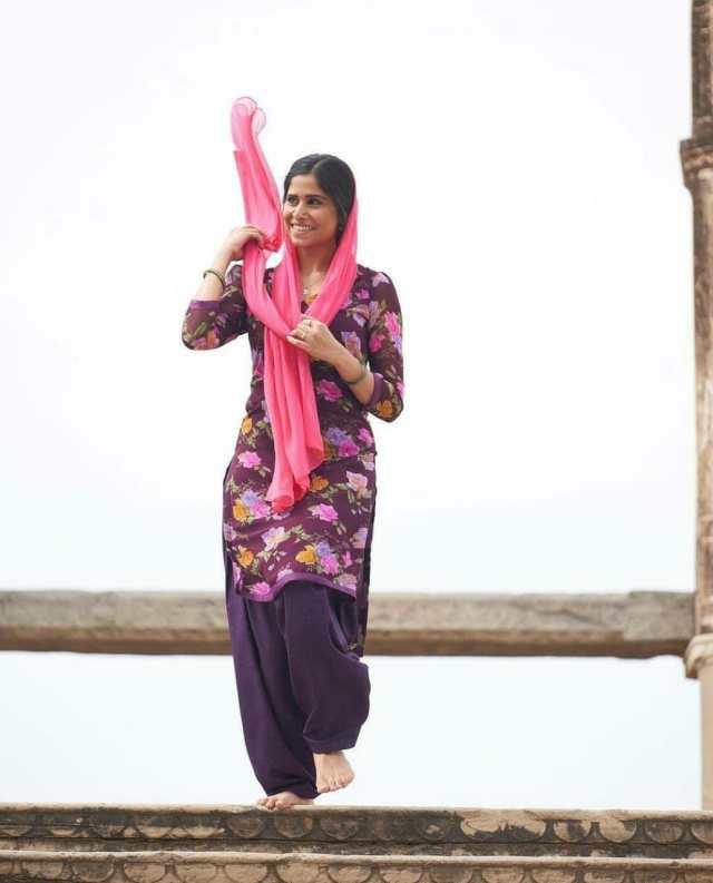 Sai Tamhankar learnt Urdu for Laxman Utekar's Mimi