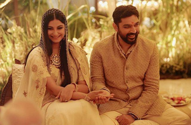Rhea Kapoor, Karan Boolani share wedding album with notes of love