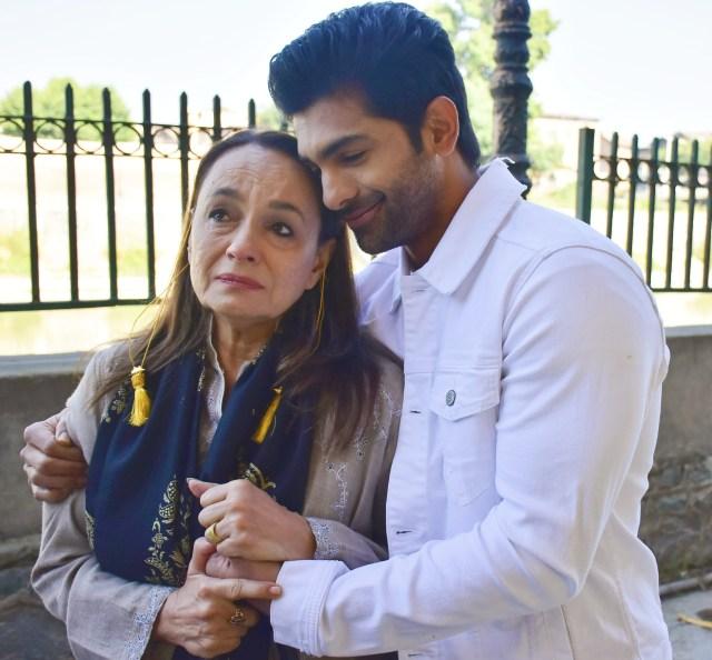 Taha Shah Badussha and Soni Razdan bring all heart and emotion with 'Ae Savere'