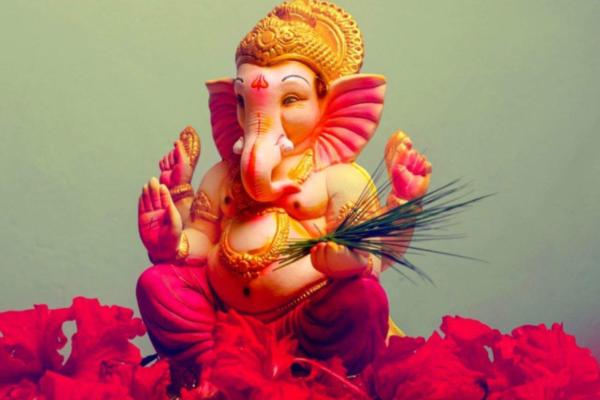 Bollywood celebs wish fans on Ganesh Chaturthi
