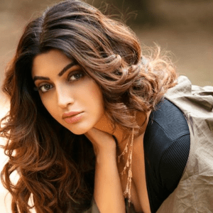 Akanksha Puri requests netizens to not post hateful comments on India losing the match