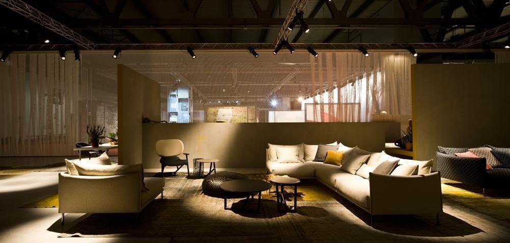 Rendezvous au salon international de Milan  Urban attitude