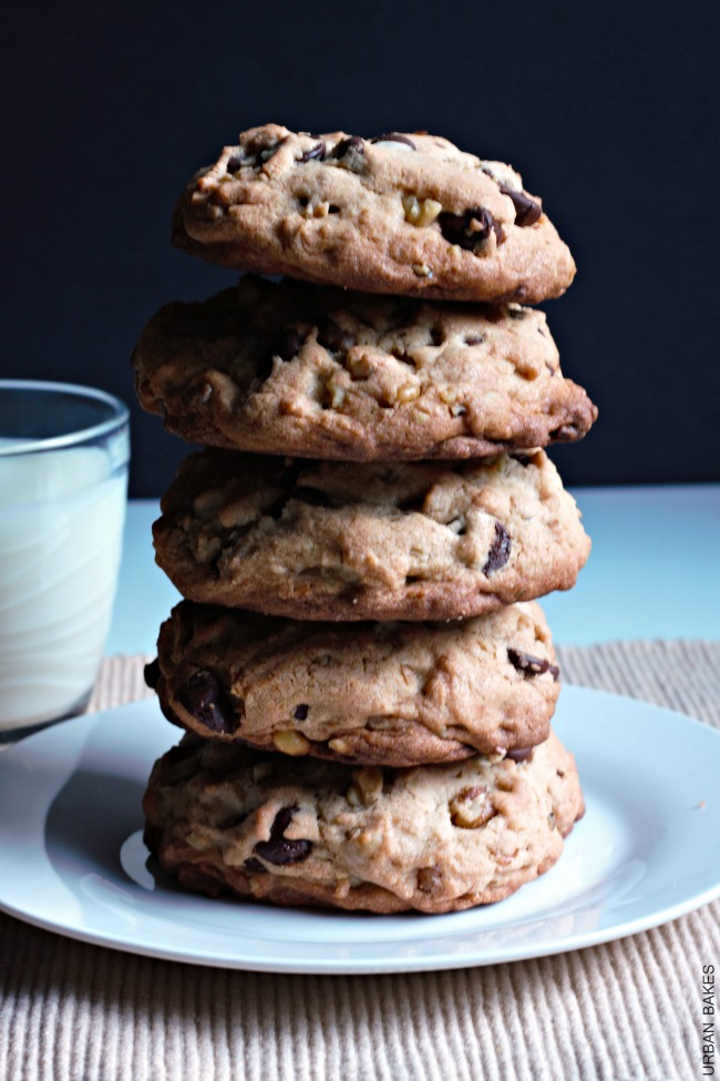 URBAN BAKES - Levain Bakery's Copycat Chocolate Chip Walnut ...