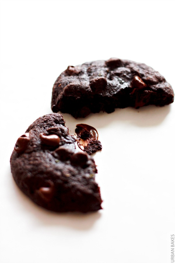 The softest Double Chocolate Chip Zucchini Cookies | urbanbakes.com