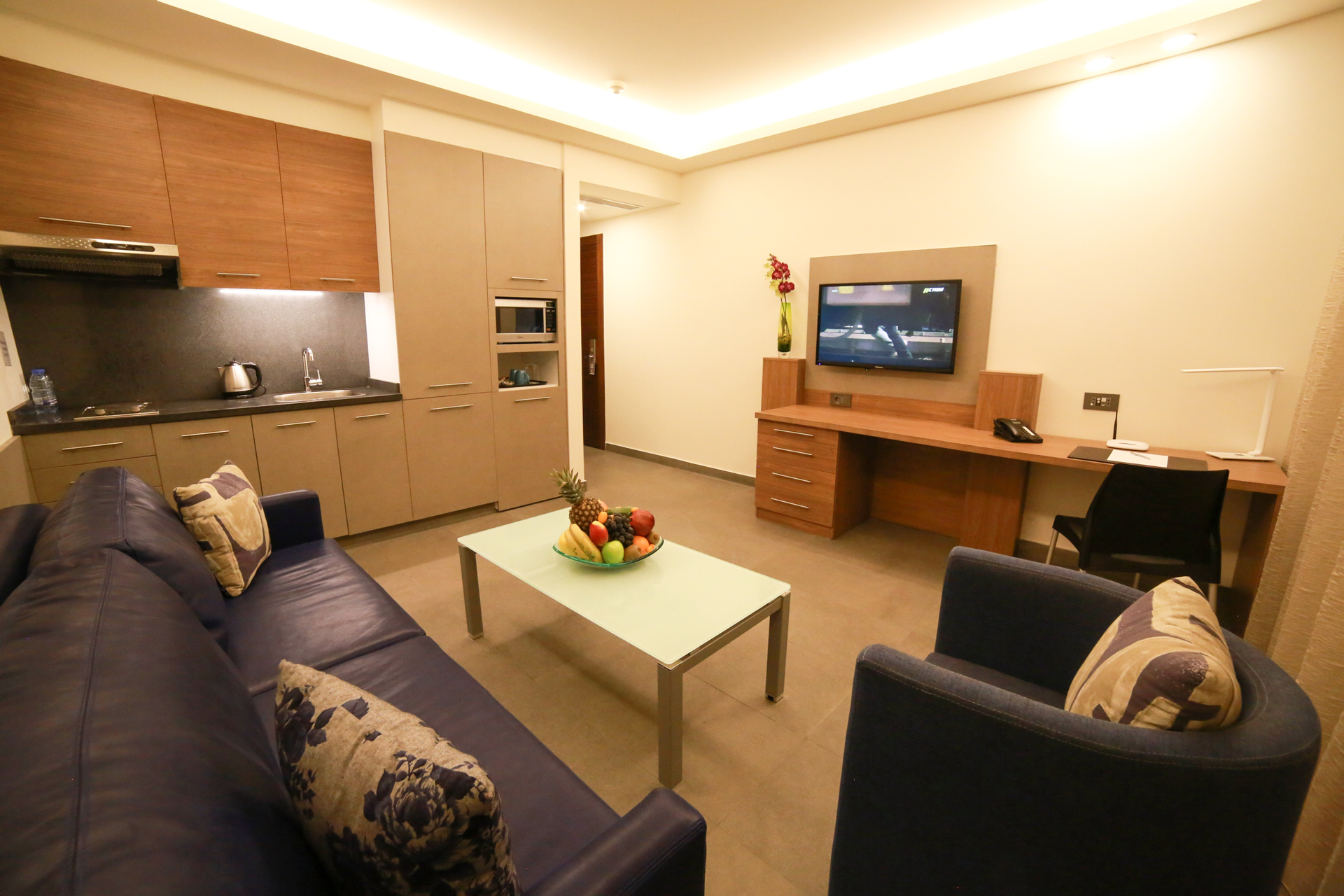 Urban Central Beirut - Deluxe One Bedroom Suite - 7