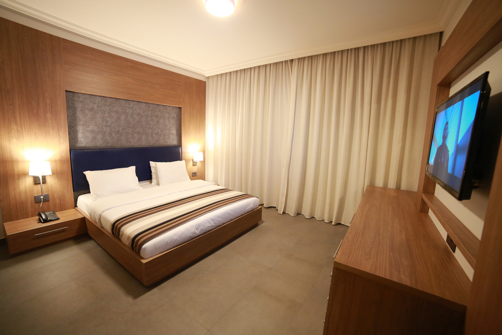 Urban Central Beirut - Deluxe One Bedroom Suite - 8