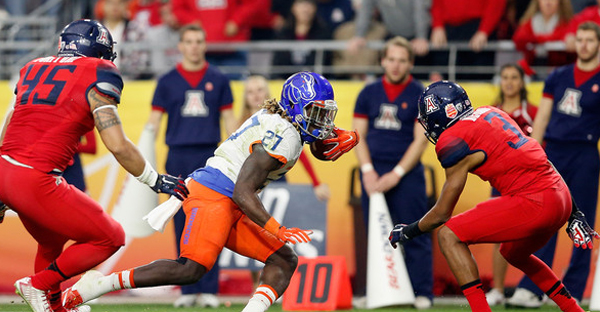Running back Jay Ajayi #27 of the Boise State Broncos rushes the football against the Arizona Wildcats during the first quarter of the Vizio Fiesta Bowl at University of Phoenix Stadium on December 31, 2014 in Glendale, Arizona. (Christian Petersen/Getty Images North America)